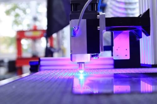 Ein Laser im Produktionstechnischen Zentrum Hannover PZH